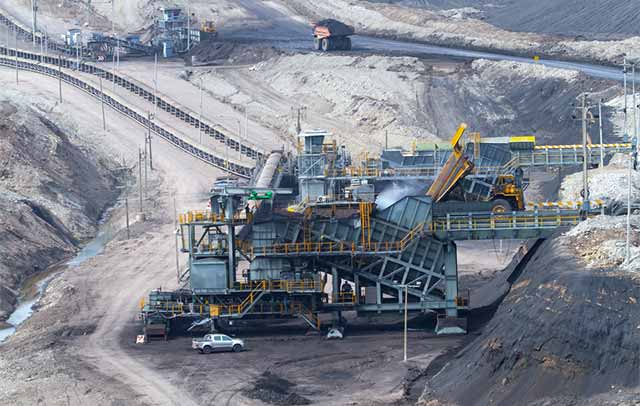 Picture of an outdoor mining operation.